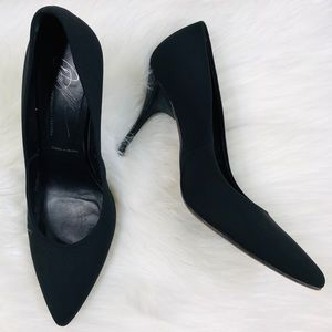 Donald Pliner Brave Pumps Pointed Toe Black Crepe